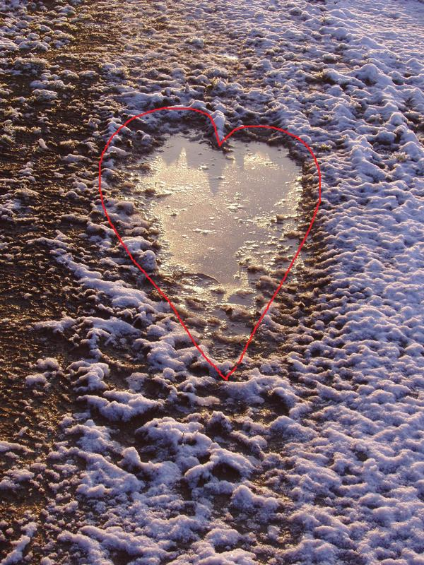 heart shaped puddles