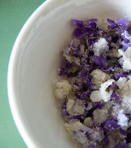 violets sugar