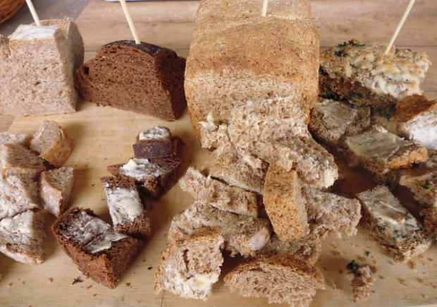 sourdough, black, wholemeal, green bread