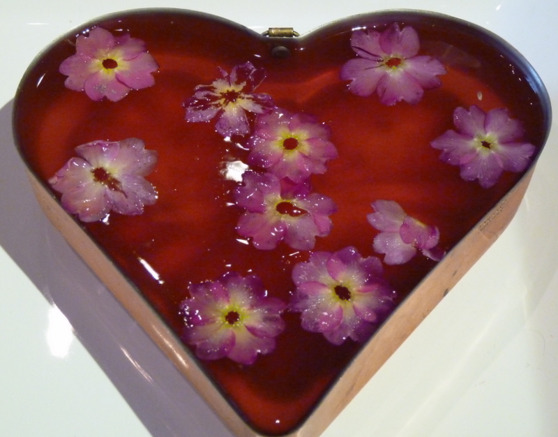 rose jelly in mould