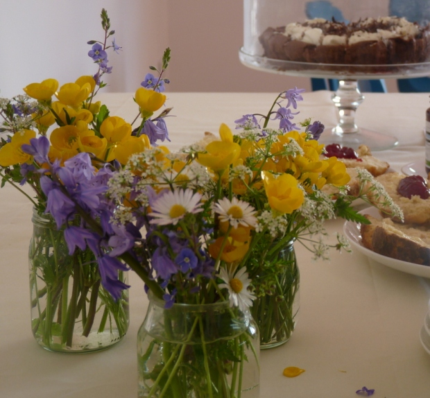 flowers and cake for hen party