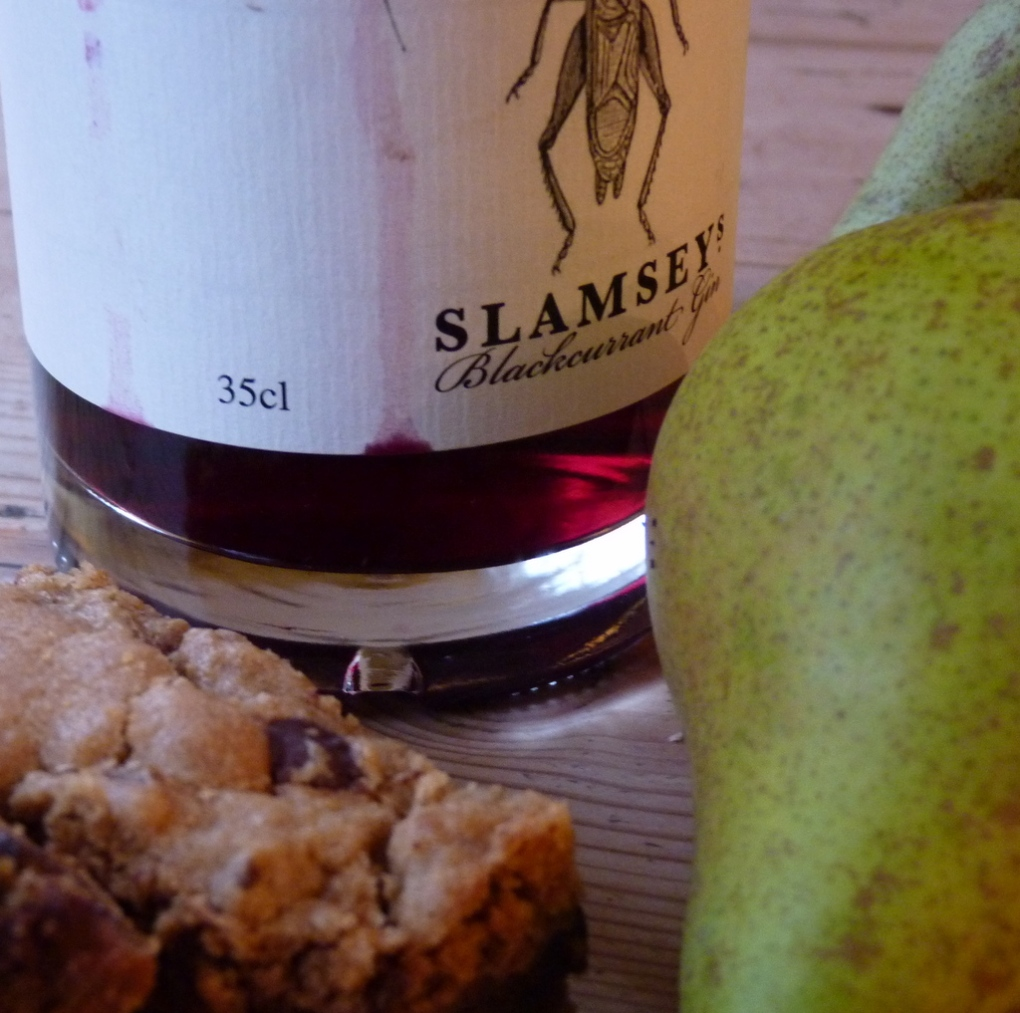 Blackcurrant Gin, butterscotch bars, pears