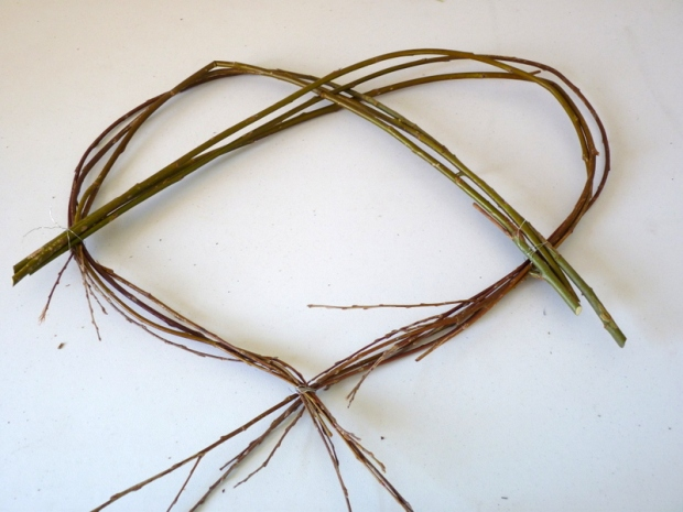 how to make a willow heart step 2