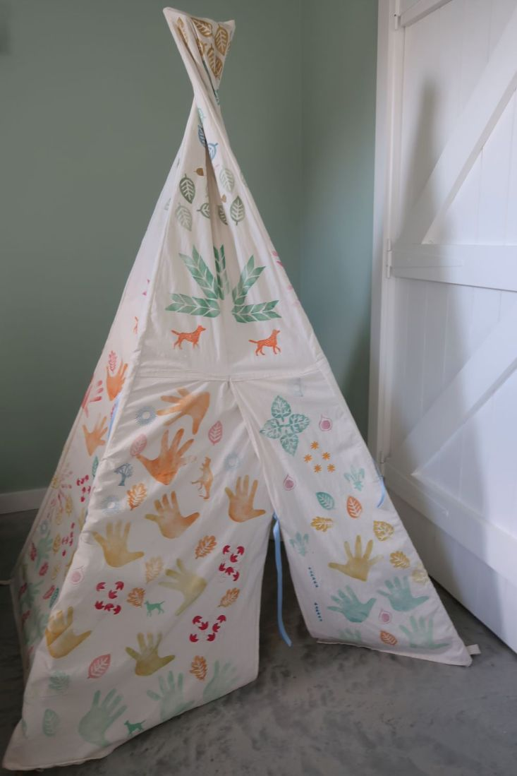 hand printed wigwam in child's room